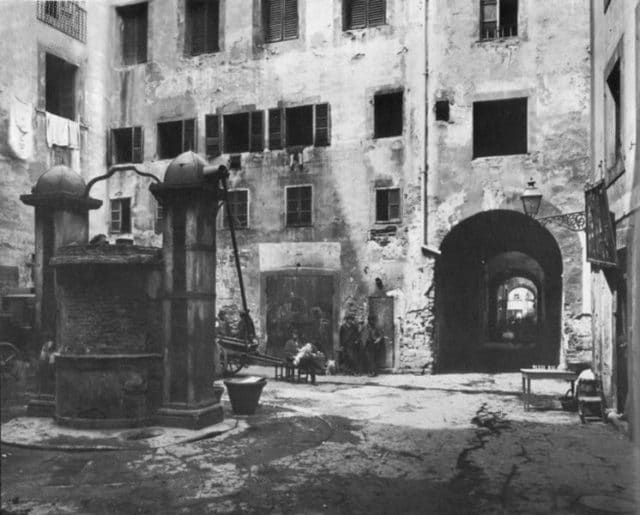 The Fountain Square inside the old ghetto of Florence.